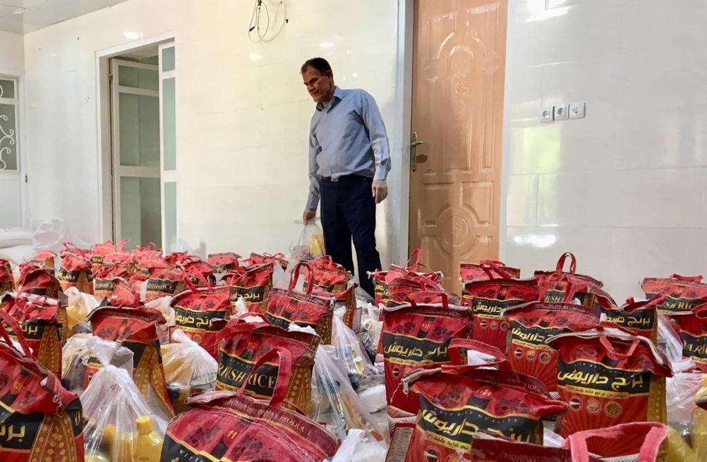 خبرنگاران هزار بسته غذایی بین نیازمندان دیری توزیع شد