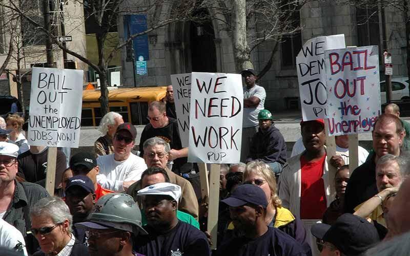 رویترز: 20 میلیون آمریکایی در ماه آوریل به خاطر کرونا بیکار شدند
