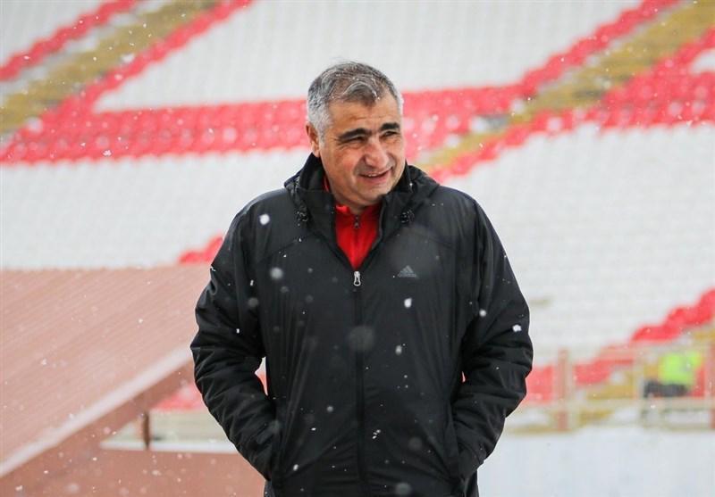 الهامی: اگر شب قبل از بازی بازیکنی کرونا بگیرد تکلیف چیست؟، تراکتور بیشتر از سایر تیم ها مورد ظلم قرار گرفته است