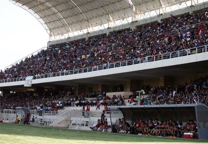 اعتراض تند طرفداران پرسپولیس به وزیر ورزش؛ ورزشگاه شهید کاظمی را نمی دهیم