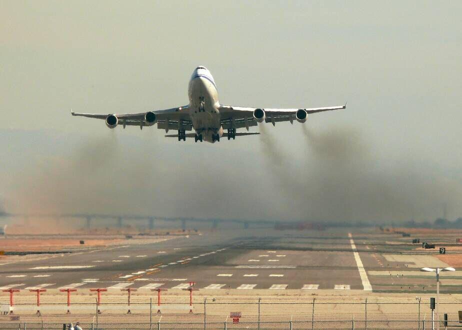 خبرنگاران تولید نیمی از گازهای کربنی صنایع هوایی توسط 1 درصد جمعیت جهان