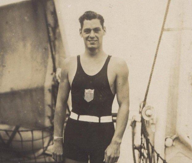 قهرمان معروف المپیک که تبدیل به تارزان شد